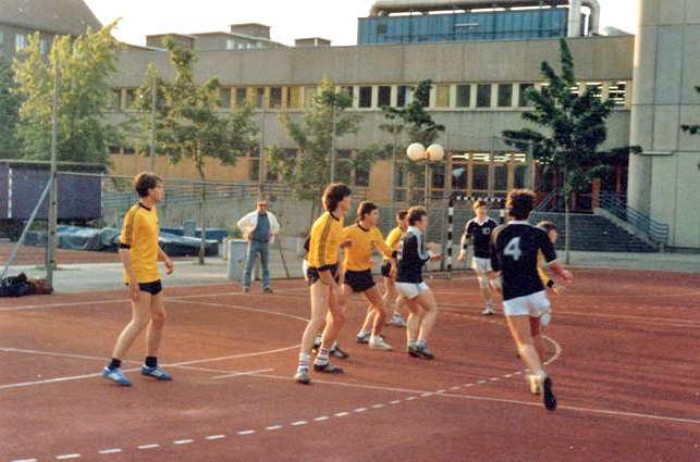 tl_files/verein/bilder/Chronik/Handball 80JA.jpg