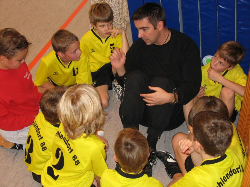 tl_files/verein/bilder/Chronik/Handball m-e-jugend.jpg